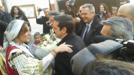 Αλ. Τσίπρα:  Ποιοι τον υποδέχθηκαν στη Νίσυρο (pics)