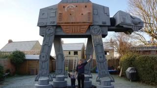 Πατέρας φτιάχνει τεράστιο παιχνίδι με θέμα το Star Wars