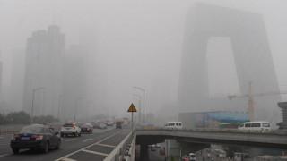 «Κόκκινος» συναγερμός στο Πεκίνο εξαιτίας της ατμοσφαιρικής ρύπανσης