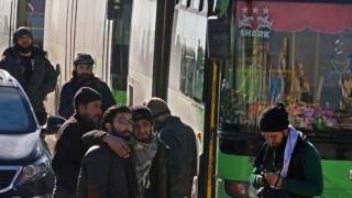 Χαλέπι: Αναστολή της επιχείρησης εκκένωσης-Εκρήξεις κοντά στα λεωφορεία