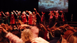 «Τα κάλαντα της καρδιάς μας»: Μια χριστουγεννιάτικη γιορτή, ένα δυνατό μήνυμα αγάπης από το Pierce