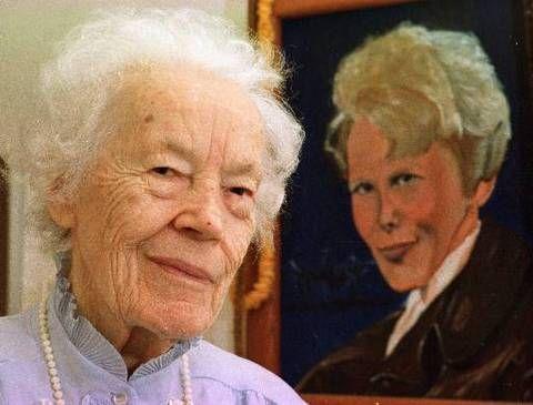 Muriel Earhart