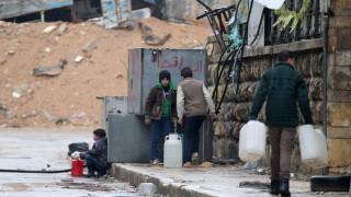 Τουρκία: Μη ρεαλιστικό να φιλοξενήσουμε όλους τους αμάχους του Χαλεπίου