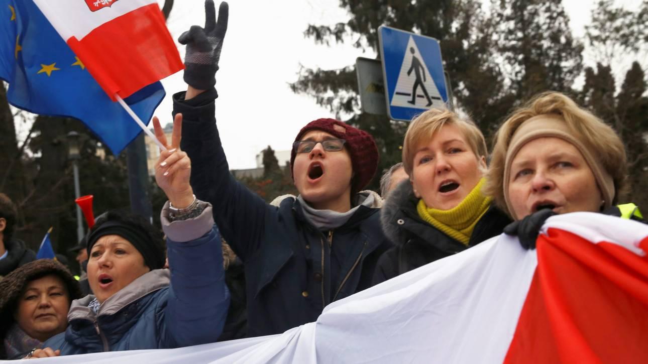 Σοβαρή πολιτική κρίση στην Πολωνία