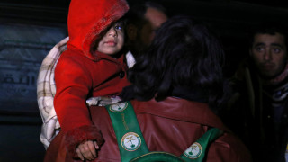 Χαλέπι: Ξεκίνησε η απομάκρυνση αμάχων και τραυματιών (pics)