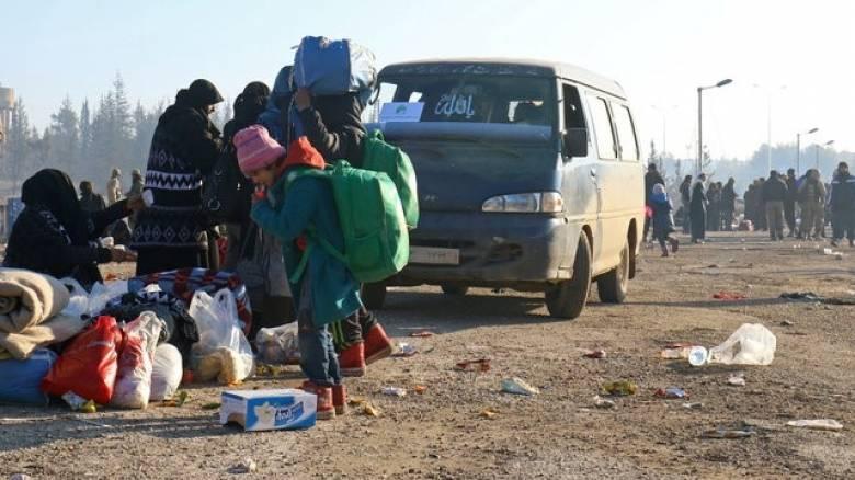 20.000 άνθρωποι έφυγαν από το Χαλέπι (pics)