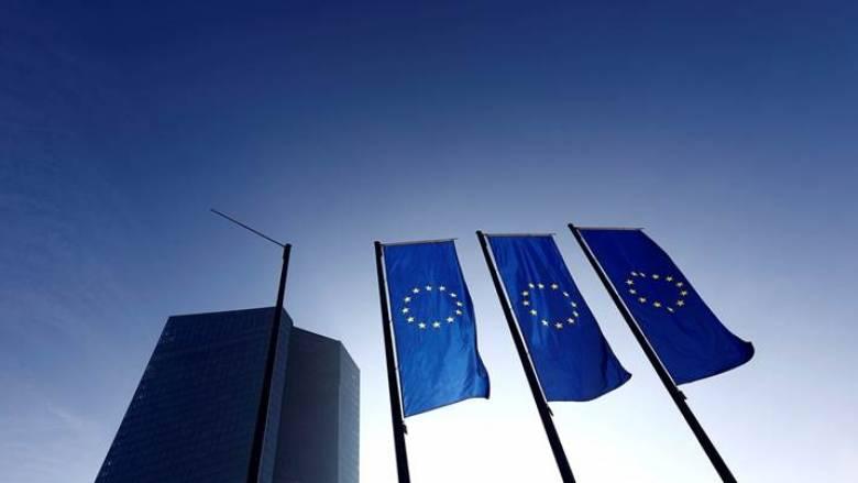 ΕΚΤ: Η αβεβαιότητα απειλή για την ευρωζώνη