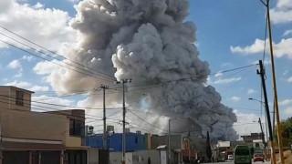 Μεξικό: Ισχυρότατη έκρηξη σε αγορά πυροτεχνημάτων (pics&vid)