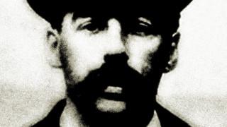 ΝτιΚάπριο & Σκορσέζε φέρνουν τον πρώτο serial killer των ΗΠΑ στην οθόνη