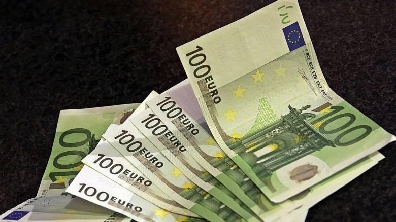 Πιο αυστηροί οι έλεγχοι για το μαύρο χρήμα στην ΕΕ