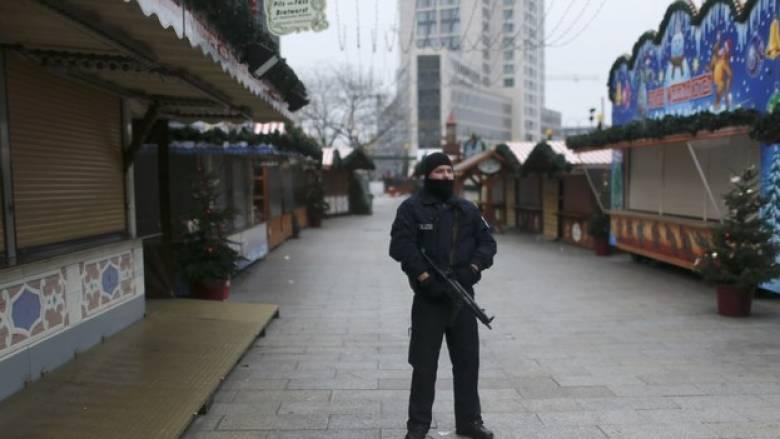 Διαψεύδει η εισαγγελία τις συλλήψεις για την επίθεση στο Βερολίνο