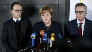 Μέρκελ: Είμαι περήφανη για την ψυχραιμία του λαού μου
