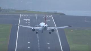 Πορτογαλία: Επεισοδιακή προσγείωση αεροσκάφους (vid)