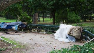 Θερμαινόμενες αίθουσες για αστέγους από τον δήμο Αθηναίων