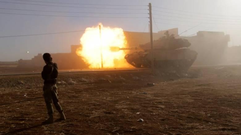 Η Τουρκία ανέπτυξε νέες στρατιωτικές δυνάμεις στα σύνορα με τη Συρία