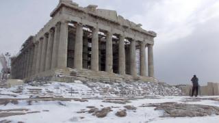 Καιρός: Τσουχτερό κρύο, χιόνια και ισχυροί βοριάδες ως την Πρωτοχρονιά