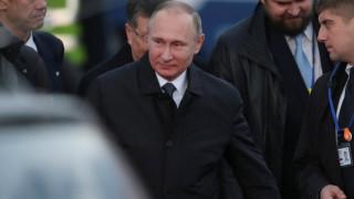 Τι κάνουν ο Ντεπαρντιέ, ο Σιγκάλ και ένας Έλληνας στη Ρωσία;