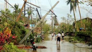 Φιλιππίνες: Τέσσερις νεκροί και 8 αγνοούμενοι από το πέρασμα του τυφώνα Νοκ-Τεν (pics)
