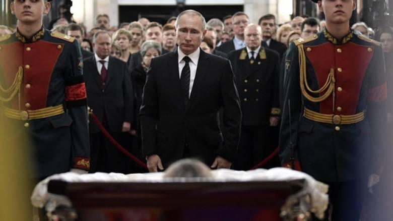Η Τουρκία απαγόρευσε τη μετάδοση πληροφοριών για τη δολοφονία του Ρώσου πρέσβη