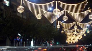 Εορταστικό ωράριο: Πώς θα λειτουργήσουν τα καταστήματα στη Θεσσαλονίκη