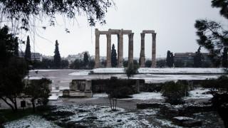 Στα λευκά η Αθήνα