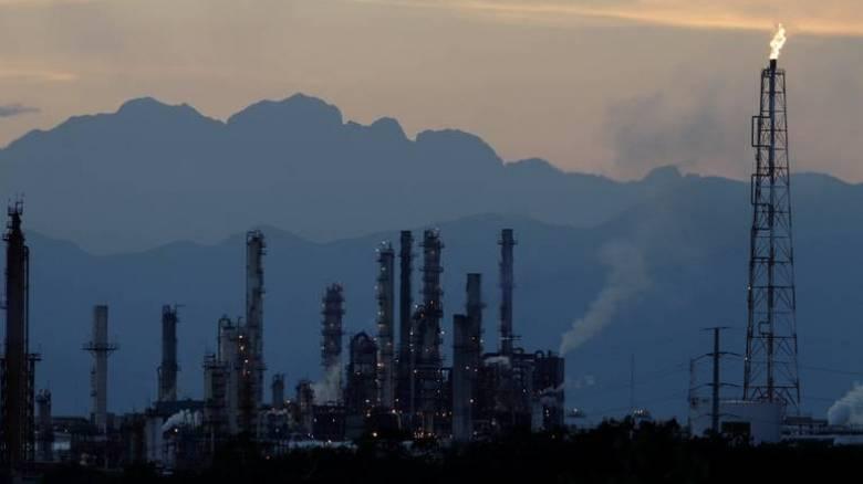 Που θα κυμανθούν οι τιμές του πετρελαίου το 2017