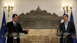 Κυπριακό: Συνάντηση Τσίπρα-Αναστασιάδη ενόψει της Γενεύης