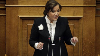 Πολιτικές εξελίξεις «βλέπει» η Ντ. Μπακογιάννη