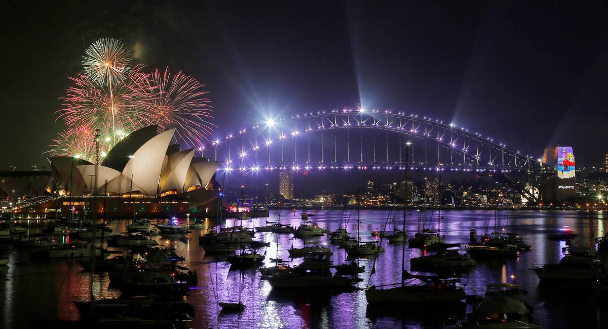 2016 12 31T105947Z 1253974590 RC17E5056580 RTRMADP 3 NEW YEAR AUSTRALIA copy copy