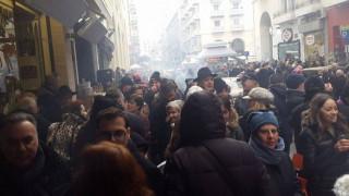 Πρωτοχρονιά: Γλέντι στο κέντρο της Θεσσαλονίκης (pics&vid)