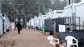 Πρωτοχρονιά με τους πρόσφυγες στη Ριτσώνα