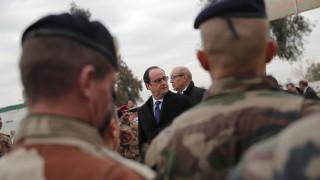 Ολάντ: Η αντιμετώπιση του ISIS στο Ιράκ θα αποτρέψει επιθέσεις στη Γαλλία