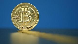 Το bitcoin ξεπέρασε τα 1.000 δολάρια για πρώτη φορά