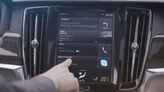 H Volvo έβαλε πρώτη Skype στα αυτοκίνητά της