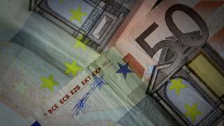 Ανώνυμες οι δωρεές έως 50 ευρώ στα πολιτικά κόμματα