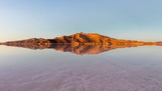 Salar de Uyuni: H έρημος από αλάτι που είναι ο μεγαλύτερος καθρέφτης της γης (pics+vid)