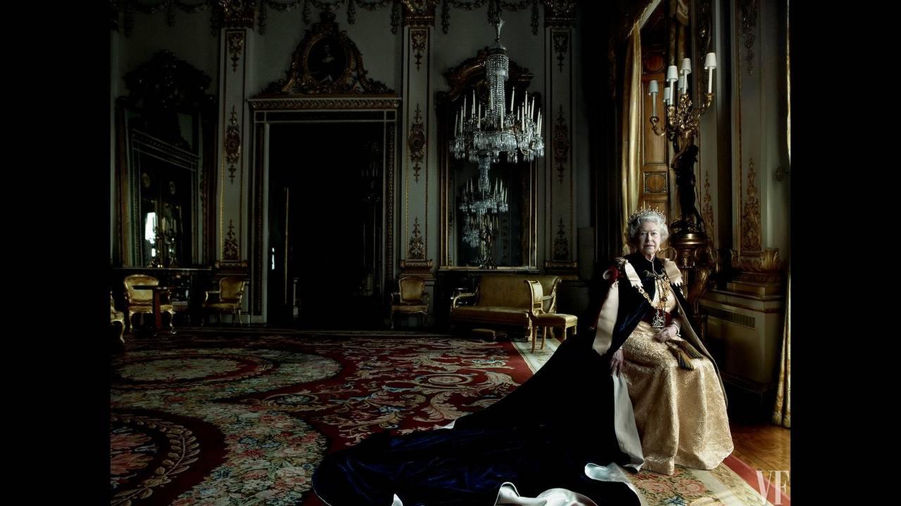 https://cdn.cnngreece.gr/media/news/2017/01/03/61269/photos/snapshot/queen-elizabeth-birthday-90-annie-leibovitz-summer-2016-vf-07.jpg