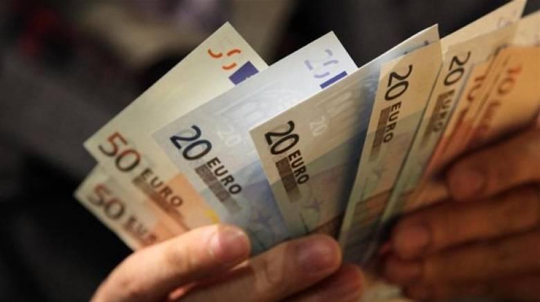 Ξεπέρασαν κατά 3,6 δισ. ευρώ το στόχο τα φορολογικά έσοδα