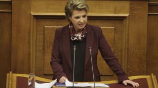 Τι απαντά η Γεροβασίλη για τις προσλήψεις στο Δημόσιο