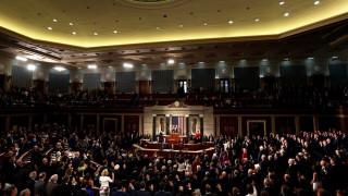 ΗΠΑ: Σκληρή «μάχη» Ομπάμα-Τραμπ για το Obamacare