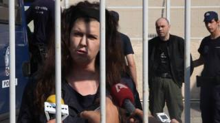 Πόλα Ρούπα και Μαζιώτης ξεκίνησαν απεργία πείνας για το παιδί τους