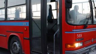 Θεσσαλονίκη: Λεωφορείο του ΟΑΣΘ «δίπλωσε» στην Περιφερειακή οδό (pics)
