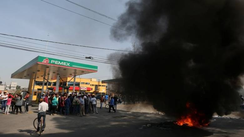 Μεξικό: Ένας νεκρός στα επεισόδια για την αύξηση στην τιμή της βενζίνης (pics)