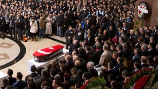 Έκρηξη στη Σμύρνη: Φόρος τιμής στα θύματα από τον Ερντογάν