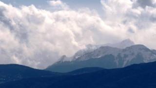 Καιρός: Πολικές θερμοκρασίες και χιόνια και την Κυριακή
