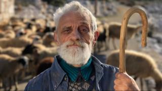 Σε ελληνικό χωριό η διαφήμιση της Apple για το iPhone 7 Plus (vid)