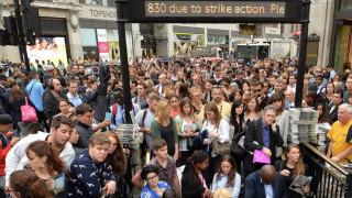 Κυκλοφοριακό χάος στο Λονδίνο λόγω του «χειρόφρενου» στο μετρό (pics&vid)