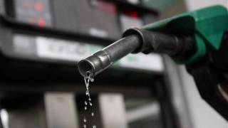 Οι τιμές του πετρελαίου «καίνε» τους καταναλωτές