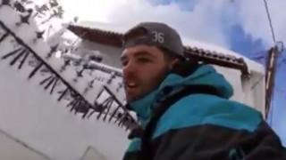 Snowboard στα χιονισμένα σοκάκια της Σκοπέλου (vid)