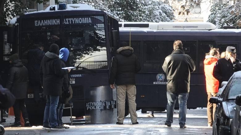 «Να μπει επιτέλους η αστυνομία στα Εξάρχεια», λέει ο Γενικός Γραμματέας των Ειδικών Φρουρών (vid)